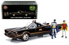1/18 Jada 1966 Batmobile DC TV Series with Light & Batman & Robin Figures 98625