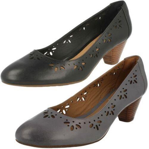 Mujer Clarks Bajo Zapatos de de de salón de tacón Denny BRILLO  wholesape barato