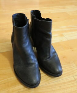 Stylish-Black-Leather-Ankle-Boots-from-Windsor-Smith-Size-37