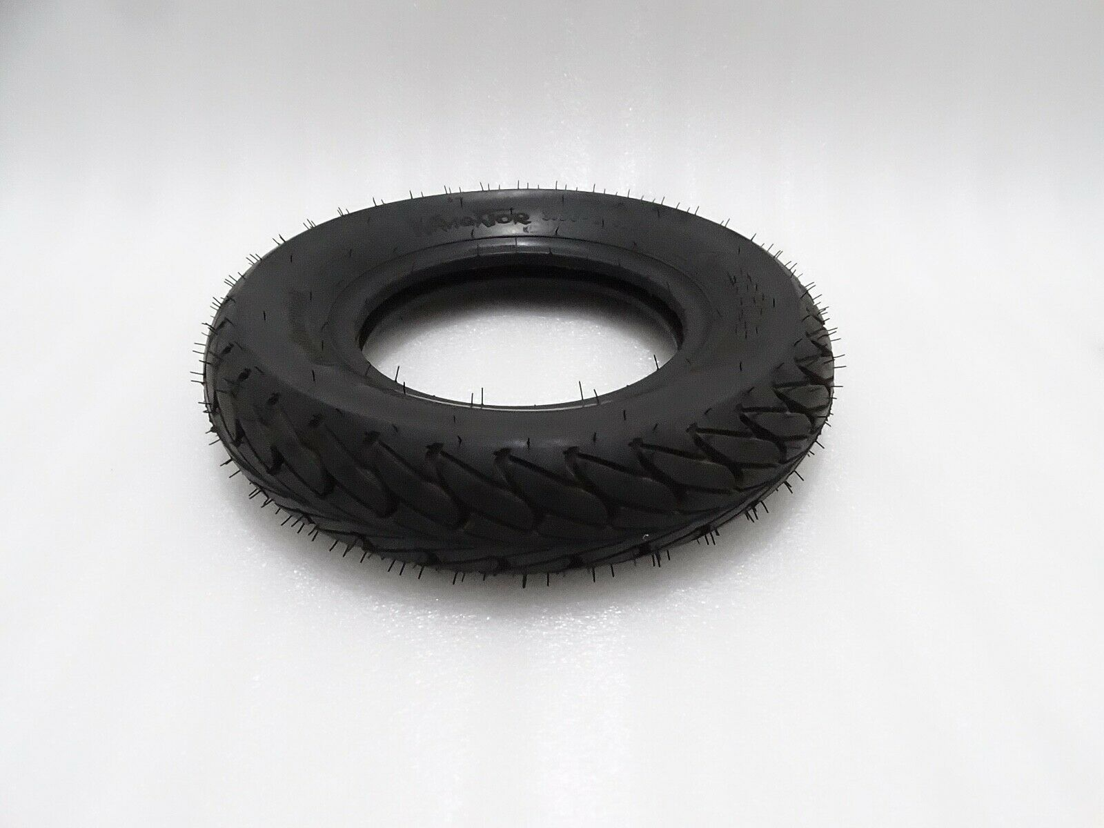 BRAND NEW VESPA SCOOTER TYRE SIZE (3 50-8)  VP761 @pummy