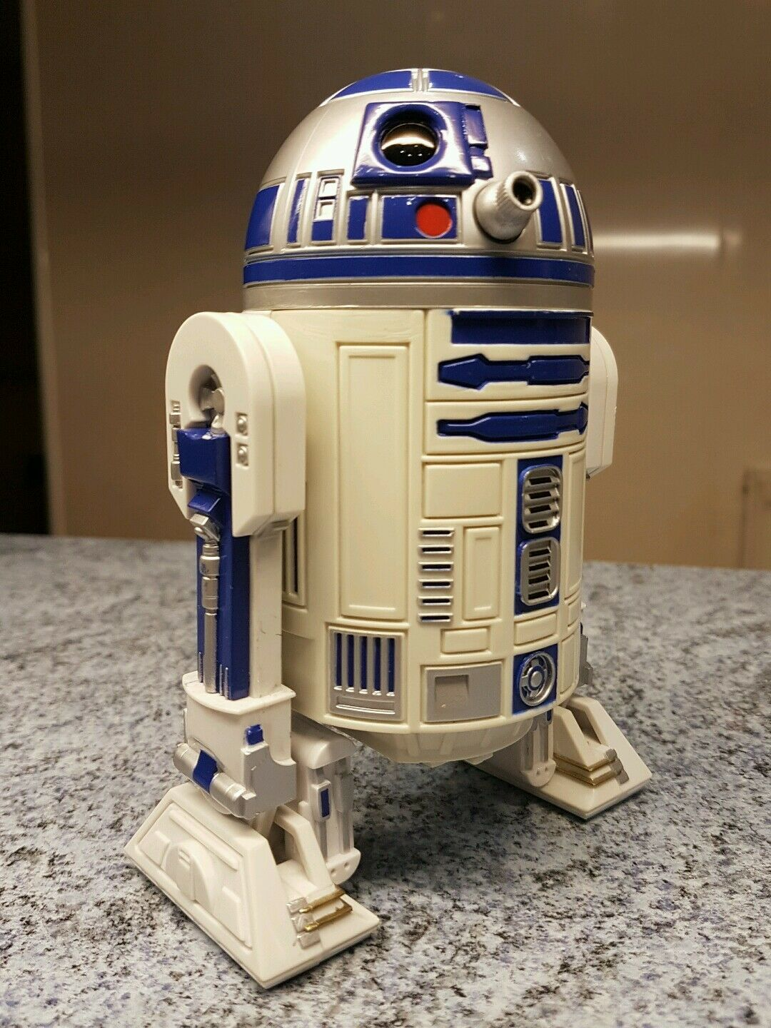 1997  Star Wars 6 inch R2D2 unit 1/6 scale 12 inch figure collection  POTF2