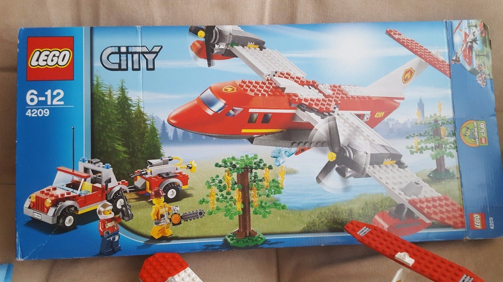 LEGO City Fire Plane 4209 Complete with Instructions and Box