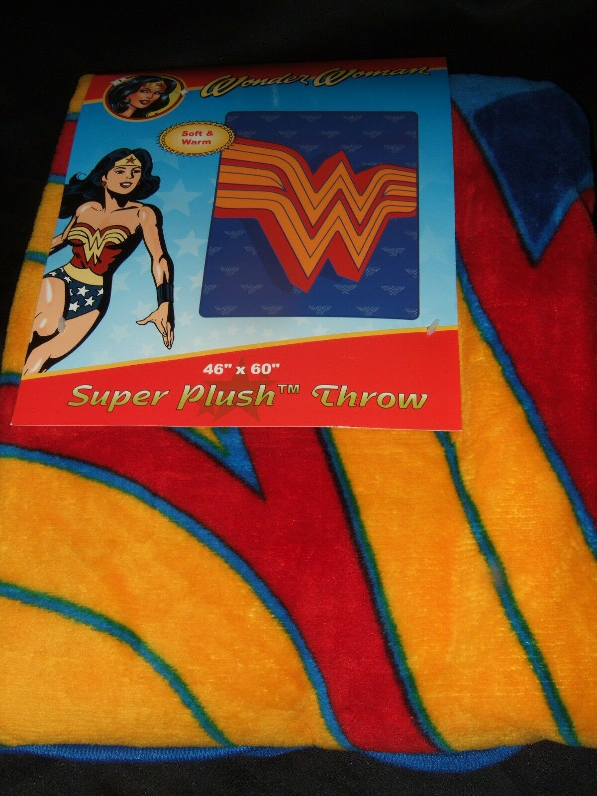 Nwt DC Comics Wonder Woman WW Super Plush Raschel Fleece Throw Bed Blanket 46X60