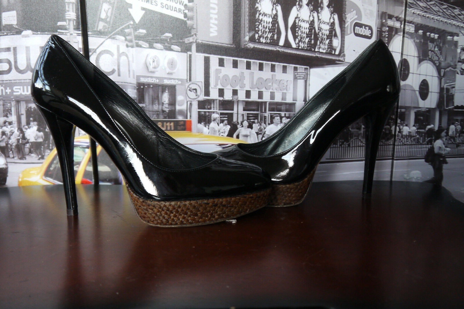 599 Stuart Wietzman  Black Patent Leather Platform Pumps US 8