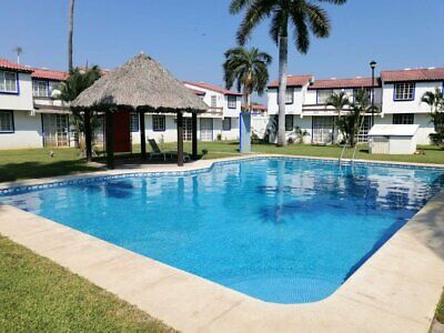 Renta mensual casa en Fraccionamiento Joyas del Marques Acapulco