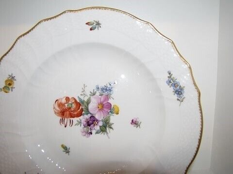 Porcelæn, Fuld Saksisk Blomst   Middagstallerken 25