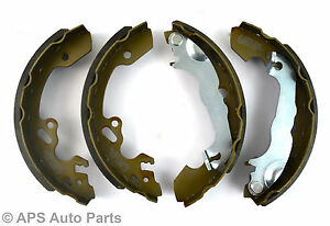 NEW-Ford-Focus-1998-2005-Petrol-Diesel-Rear-Axle-Brake-Shoes-Pads-Drum-Brakes