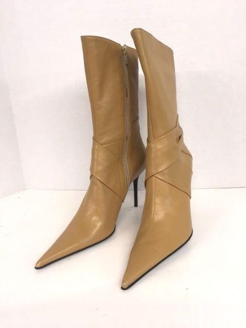 LADIES ITIALAN DESIGNER BOOTS BRAND NEW 39