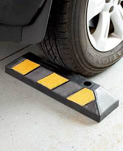 Heavy Duty Rubber Parking Wheel Stop Block Guide Curb Car