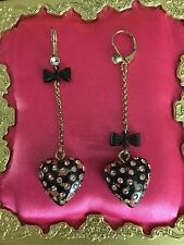 Betsey Johnson Vintage Rose Bud Black Heart Lucite Tea Party Earrings VERY RARE