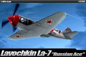 Kit-modello-aca12304-ACADEMY-1-48-Lavochkin-La-7-RUSSO-ACE