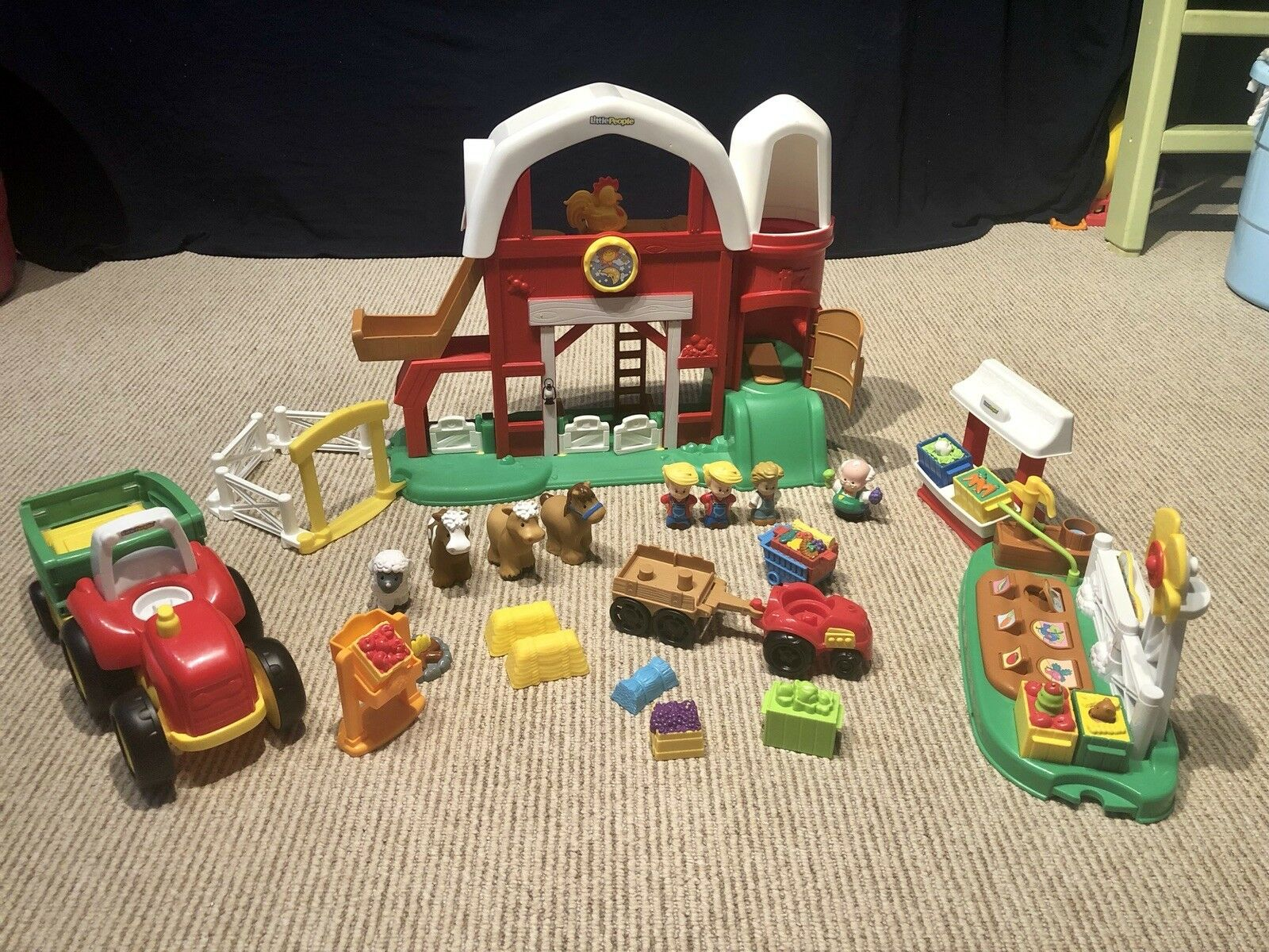 3 set Bundle   Fisher-Price Fun Fun Fun Sounds Farm, Tow n' Pull Tractor & Farm Stand 40a2f1