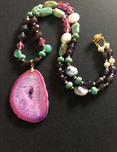 Druzy-sliced-geode-pink-agate-w-chrysoprase-Amethyst-amp-Pearls-necklace