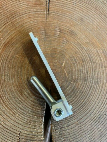 MACO Reparaturlager Standart für PVC Holzfenster mit 3x3mm Bolzen ! 1 St