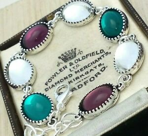 Vintage-Purple-Green-Suffragette-Colours-Small-Glass-Oval-Cabochon-Bracelet
