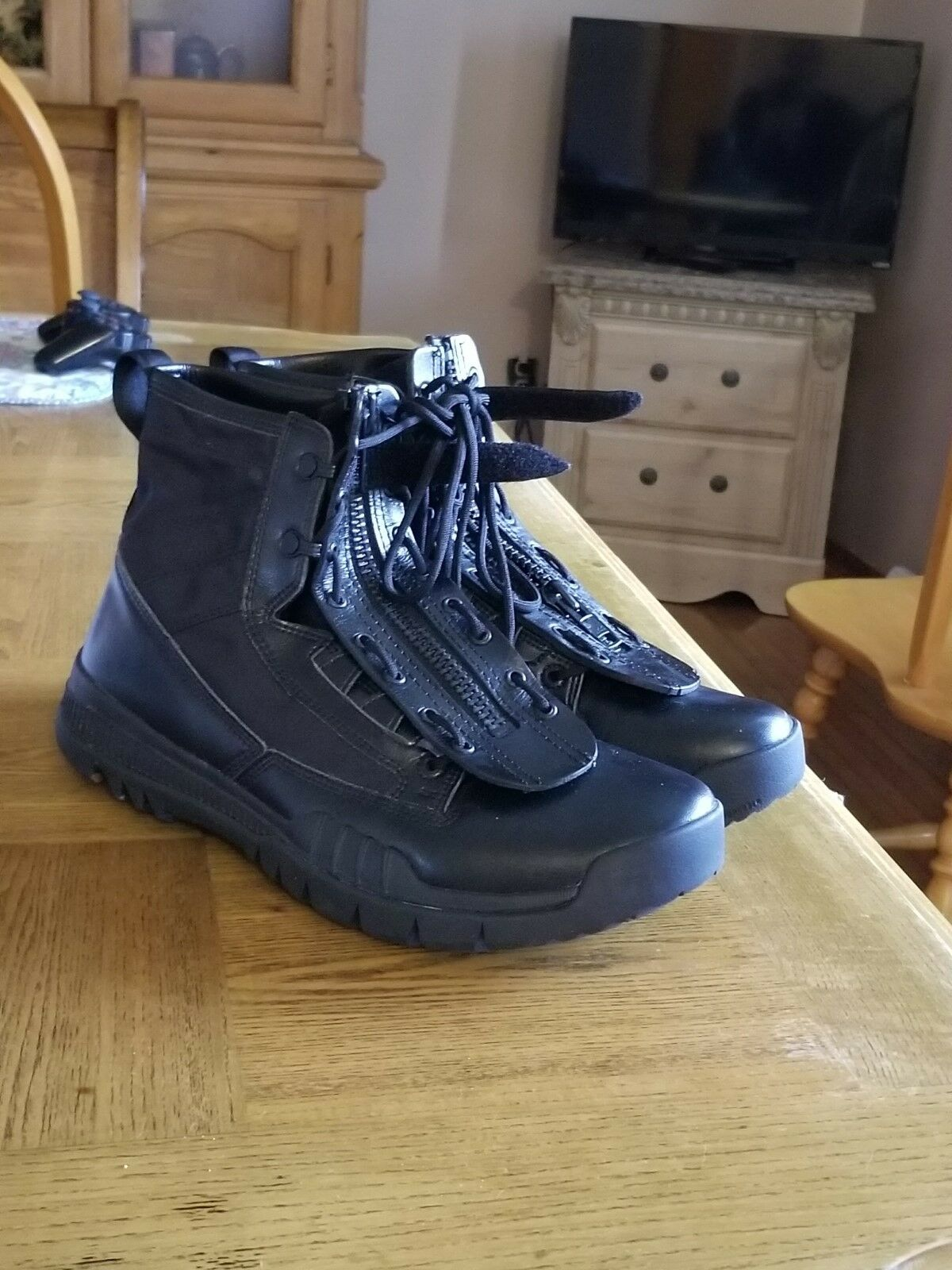 Nike 6in, lightweight boot  Cheap and fashionable