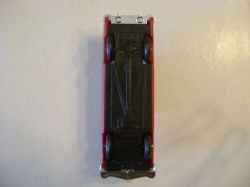 Lionel 6414 Madison Hardware Original Red Auto w//chrome bumpers