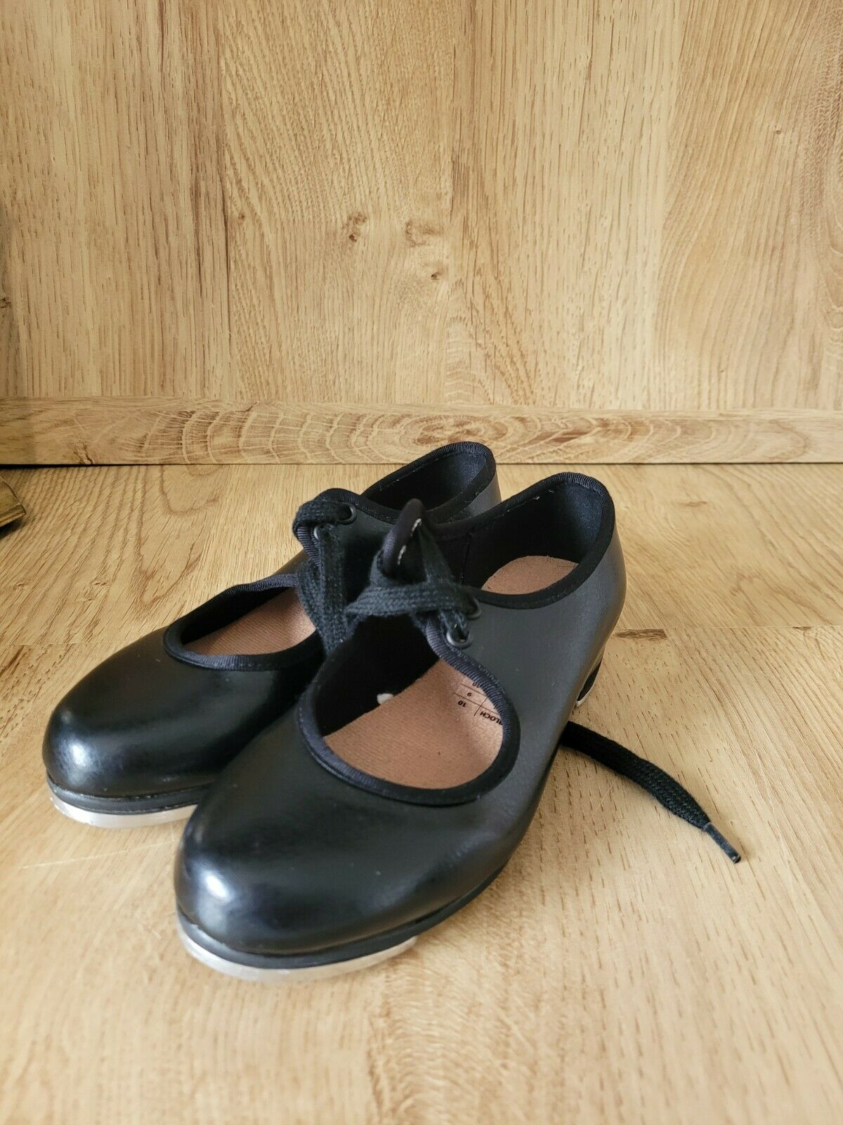 bloch tap shoes Size 9