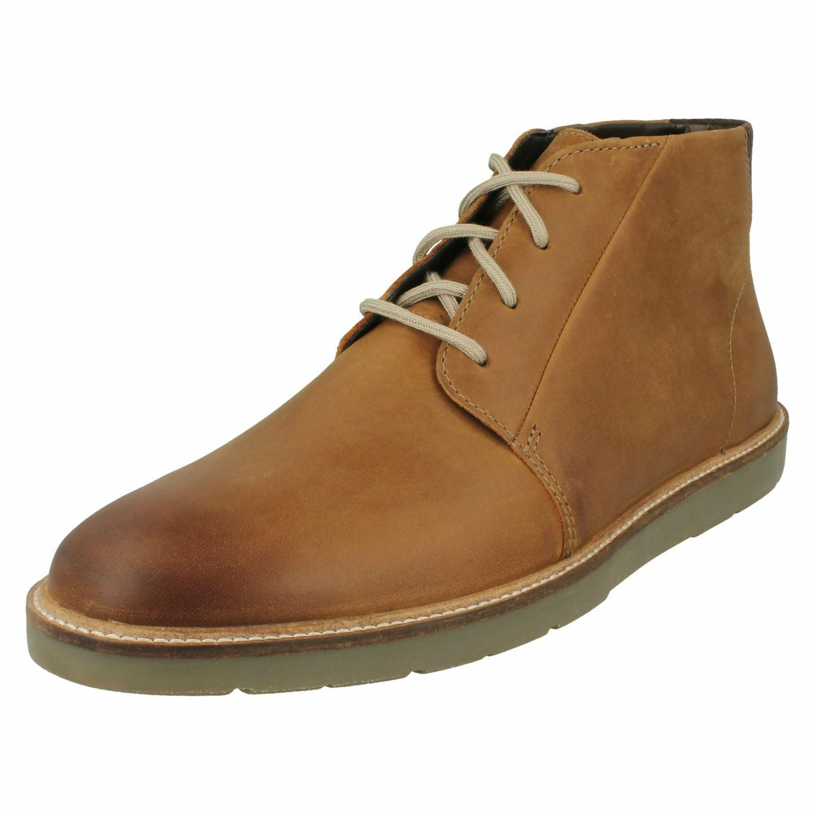 Mens Clarks Casual Lace Up Chukka Stiefel Grandin Mid