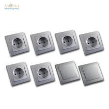 DELPHI Starter-Kit, 8-teiliges Set 6x STECKDOSE 2x LICHTSCHALTER Silber, UP