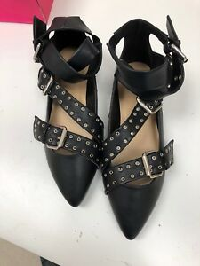 Shoedazzle-Black-silvy-flats-size-10