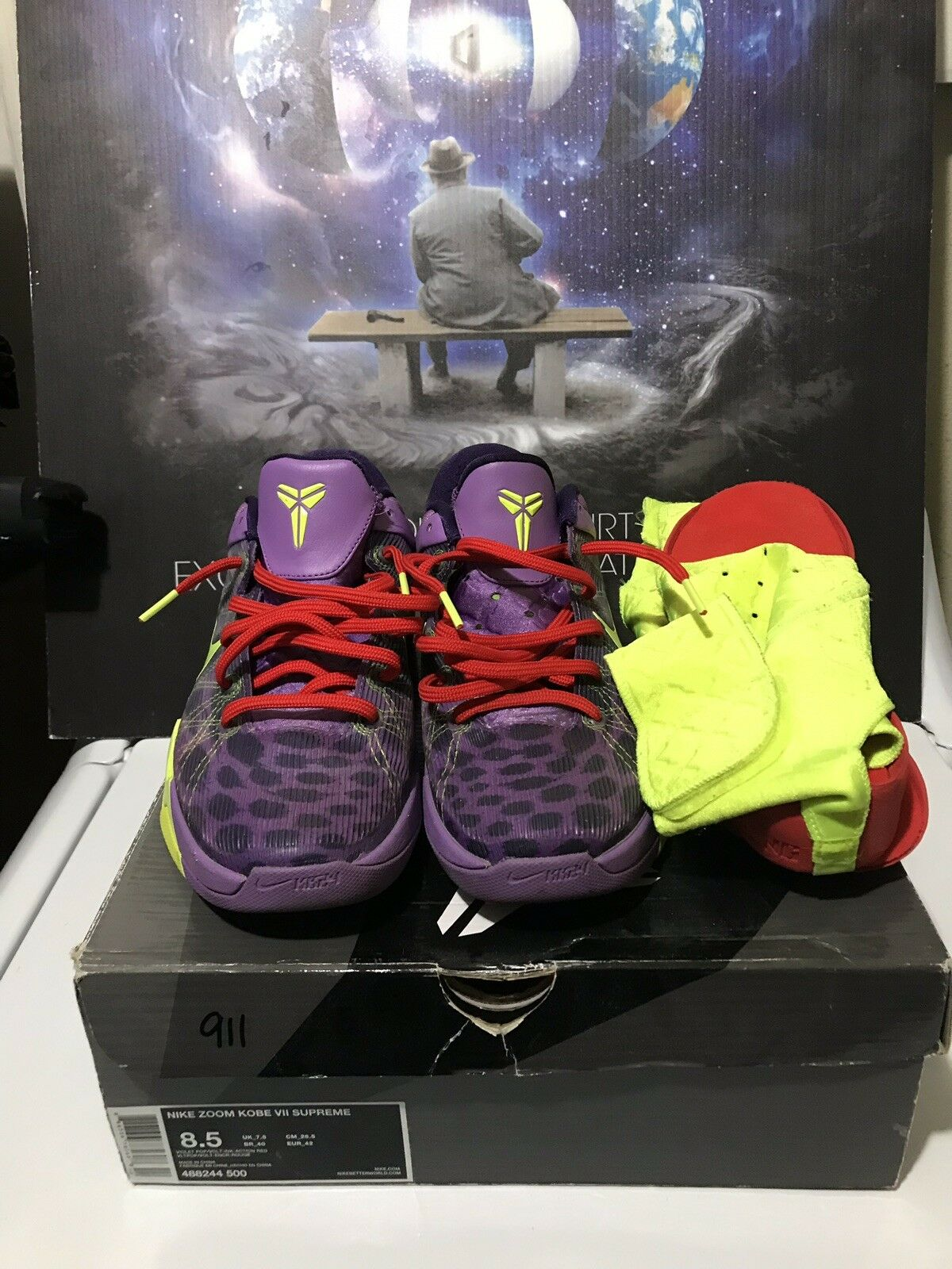 Nike Zoom Kobe VII 7 Cheetah Christmas Size. 8.5.... Yeezy.... Off White....