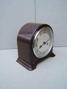 Smiths-Enfield-Bakelite-mantel-clock-working-lubricated-original-pen-key-B1