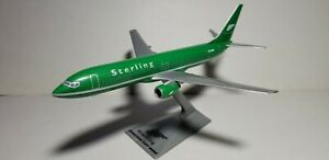 FM-STERLING-AIRLINES-737-800-GREEN-1-200-SCALE-PLASTIC-SNAPFIT-MODEL