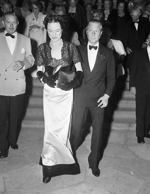 1948 The Duke and Duchess of Windsor UNSIGNED photograph L4053 Palm Beach