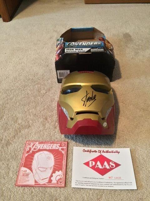 Stan Lee firmado los Vengadores y Iron Man Máscara de misión