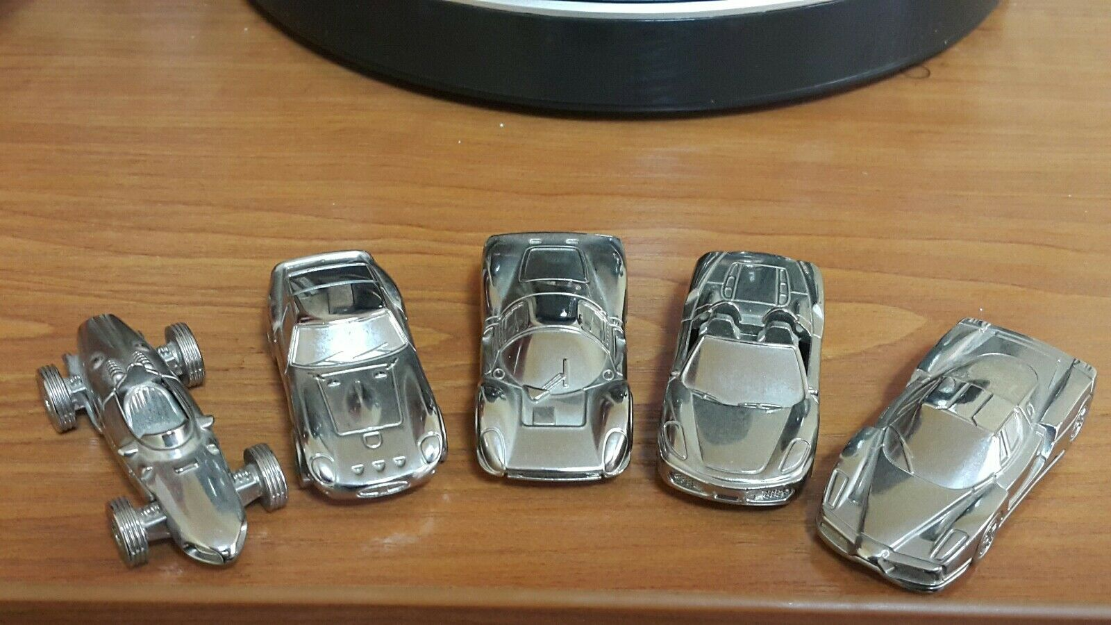 VNTG. ENZO FERRARI F156 GTO S.P.A. MODELS KEYCHAIN TOY PredOTYPE METAL CAR