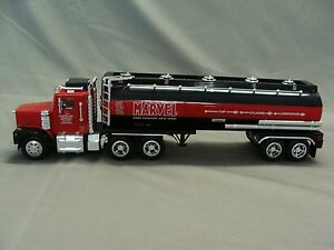 PHILLIPS 66  TANKER TRUCK LUBE OIL LEGENDS #9 New and FACTORY SEALED 1:32 scale