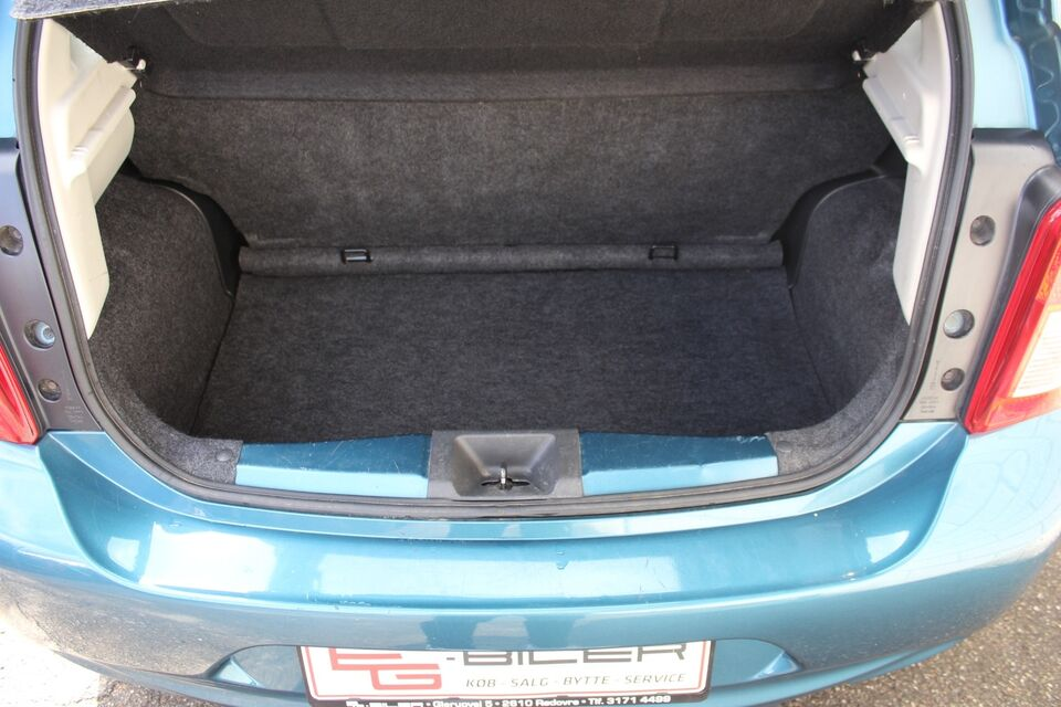 Nissan Micra 1,2 Acenta Benzin modelår 2015 km 160000