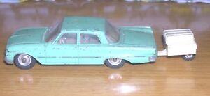 Ford Fairlane Rimorchio - Jouets Dinky fabriqués en Angleterre - Modèles de voitures