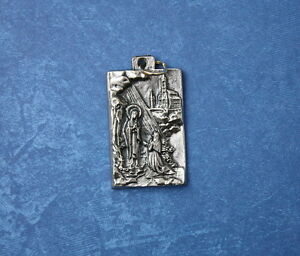 Catholic-Medal-of-Virgin-Mary-Our-Lady-of-Lourdes-amp-St-Bernadette-silver-finish