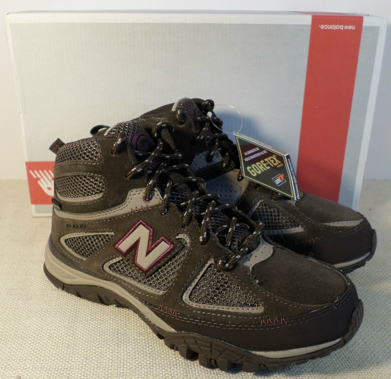 NEU BALANCE W0900HGT WOMEN'S BROWN GOR-TEX HIKER BOOTS NEU IN BOX