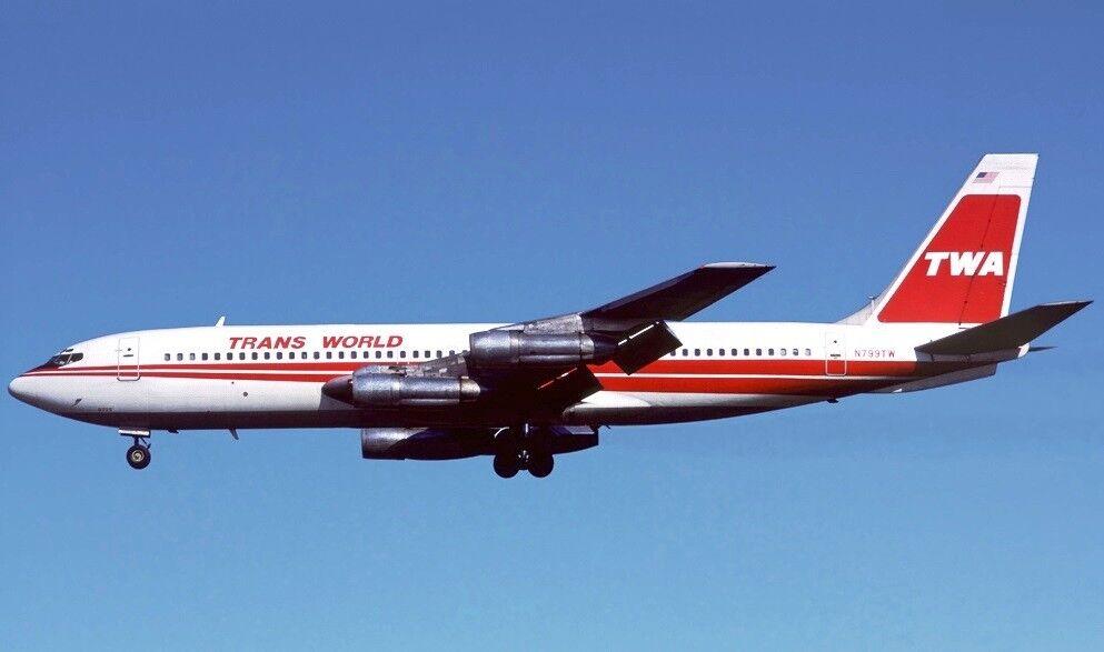 Inflight 200 IF70711117 1 200 TWA Boeing 707-131B N799TW avec support