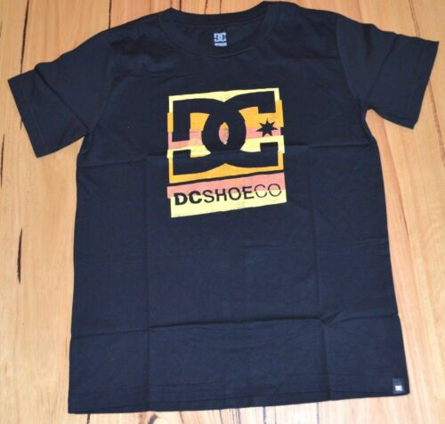 BLACK- SIZE DC Shoes Boys Printed T Shirt NEW 10,12,14 /& 16 YEARS