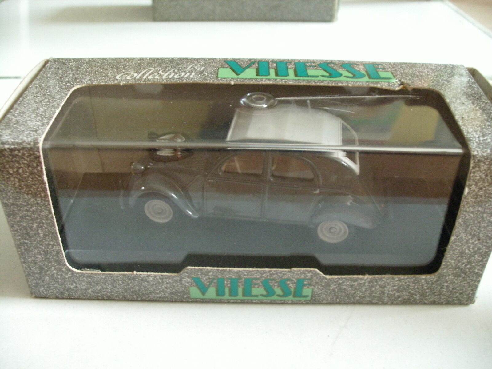 Vitesse Citroen 2CV Sahara 4X4 Presentation 1958 in Grey on 1 43 in Box