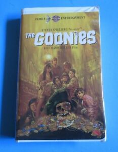 The Goonies Vhs 1997 Spielberg Donner Wb Family Entertainment Clamshell 1 Ship 85391327530 Ebay