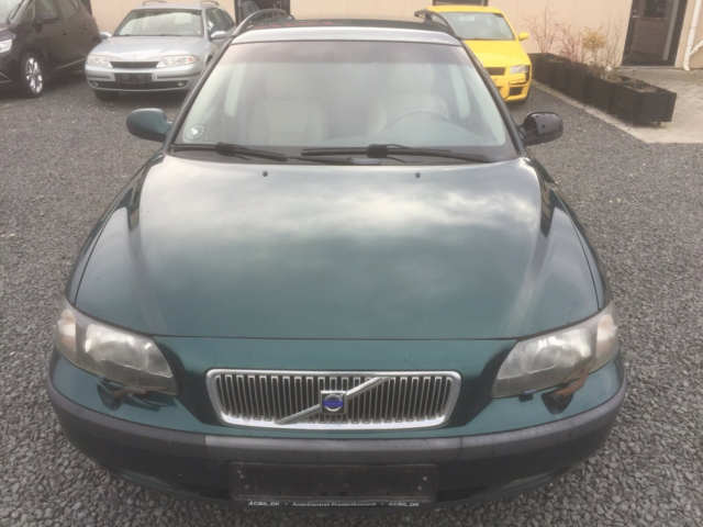 Volvo V70, 2,4 140 Kinetic Bi-fuel CNG, Benzin, 2005, km…