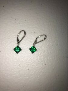 Avon-Fashion-earrings-sterling-silver-dangle-drop-simulated-emerald-green-May
