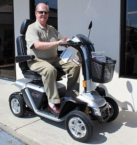 Pride Mobility Pursuit XL SC714 Heavy Duty Electric Senior Scooter