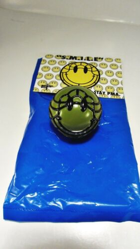 sofubi figure smiley face ARMY green David Flores SMILE Ball S.M.I.L.E
