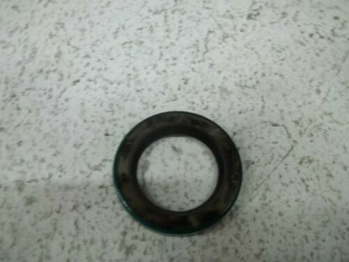 NEW IN BOX * CR INDUSTRIES 11123 OIL SEAL