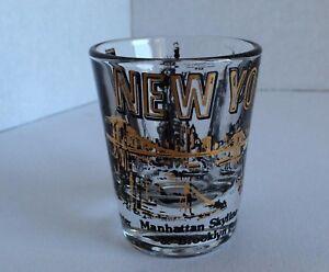 New-York-Manhattan-Skyline-Statue-of-Liberty-Trade-Towers-Bar-Shot-Glass