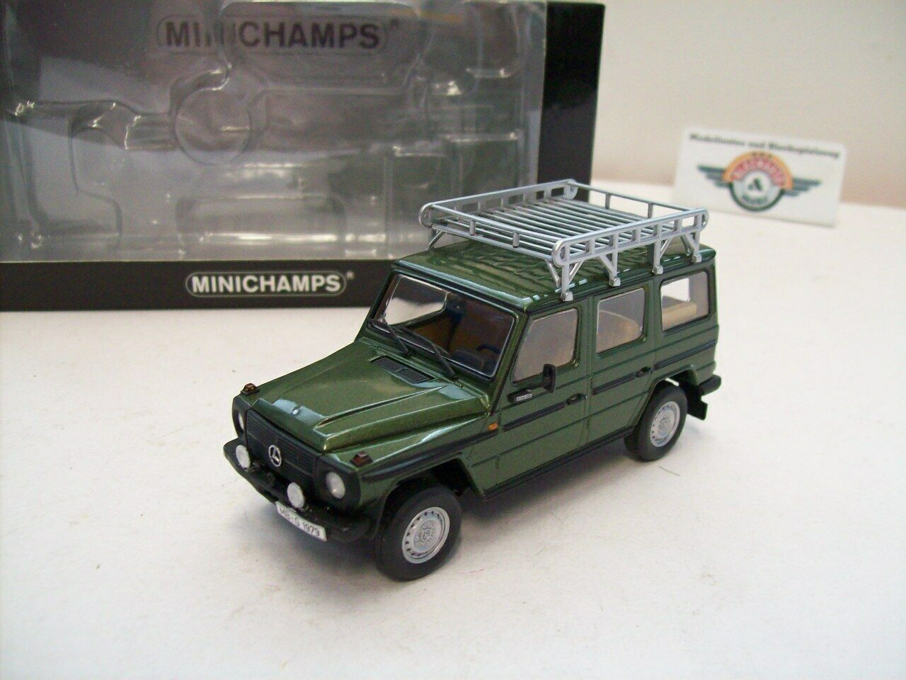 MERCEDES-BENZ 230 GE (w460), 1980, vert Metallic Minichamps, 1 43, NEUF dans sa boîte