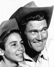 Chuck Connors The Rifleman Johnny Crawford 8x10 Photo 002