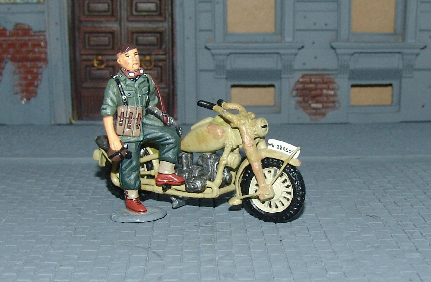 King & Country Country WSS007 - Motor Cycle and Dispatch Rider (Ultra Rare)