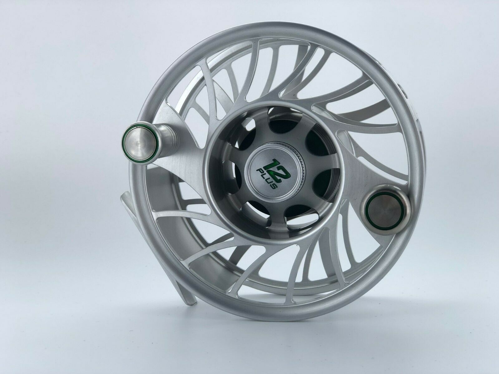 Hatch Finatic 12 Plus Fly Reel Mid Arbor ~ Clear/Green ~ Closeout New